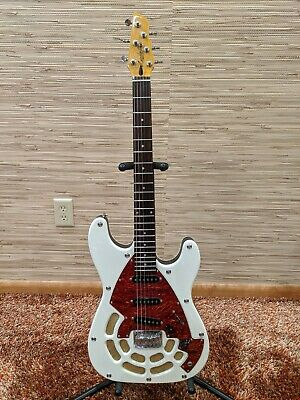 Lindert Locomotive S strat style Korean built electric guitar, super funky retro