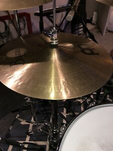 "Meinl Byzance 14"" Traditional Medium Hi Hats"
