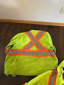 Safety clothes/reflective gear