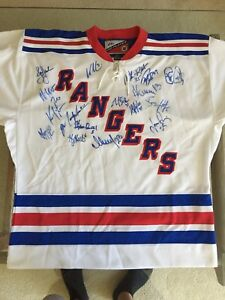 Signed New York Rangers Jersey 2000