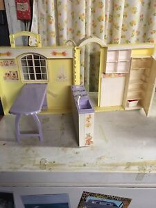 Barbie carry and play kitchen