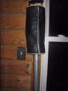 Vintage-Hunt-Wilde-Bag-Shag-Golf-Ball-Shagging-Tool-Retriever-Black-amp-Aluminum