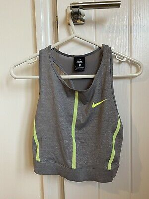 nike Pro sports crop top Small
