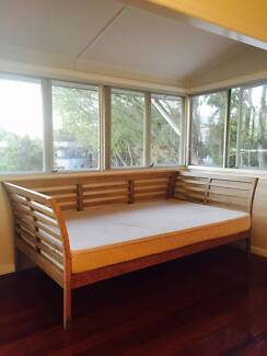 Double Size Day Bed For Sale New Farm Brisbane North East Preview