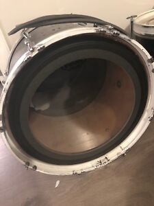 """20"""" bass drum for sale"""