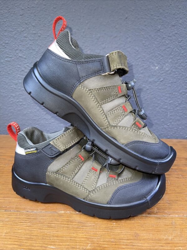 Keen Dry Waterproof Zore Boys Youth Size 13 Closed Toe
