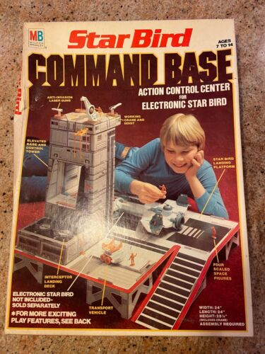 STAR BIRD COMMAND BASE - 1978 MILTON BRADLEY / ACTION CONTROL CENTER