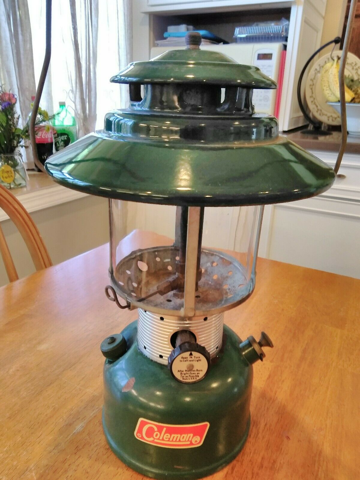 COLEMAN 228F LANTERN 1970 BIG TOP GREEN PORCELAIN DOUBLE MANTEL CAMPING LIGHT