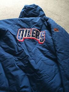Oilers puma winter jacket large - brand new