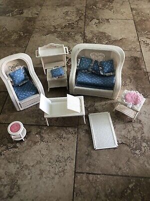 VINTAGE BARBIE DOLLHOUSE WICKER FURNITURE CHAIR COUCH BED TABLES DREAMHOUSE MISC