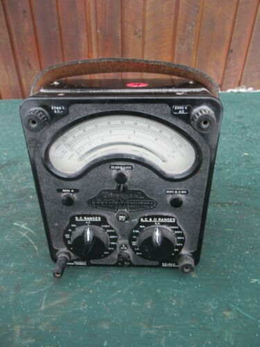Vintage Universal AVO Avometer Model 8 MK III Multimeter