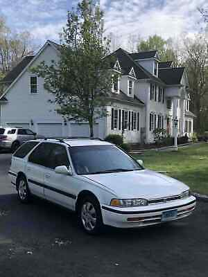 1992 Honda Accord LX 1992 Honda Accord Wagon White FWD Automatic LX