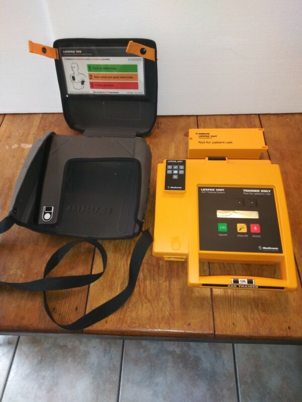 Medtronic Physio-Control Lifepak 500T AED Trainer with Battery Pack, Remote