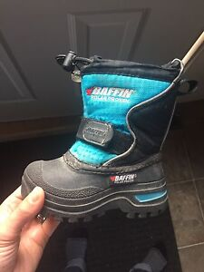 Baffin winter boots - toddler size 6