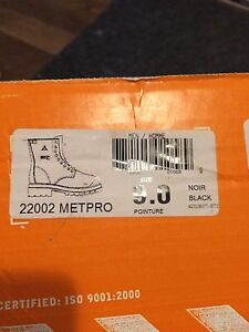 Safety Boots with Metatarsal Protector new