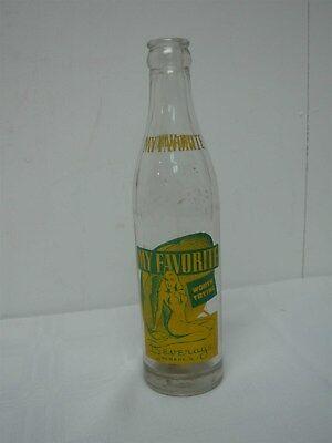 "VINTAGE 1948 MY FAVORITE BEVERAGE NEWARK NJ ""BATHING BEAUTY"" SODA BOTTLE 8 OZ"