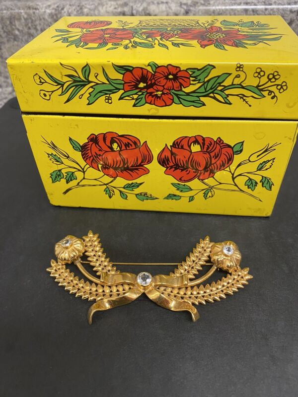 Edie Beale Brooch & Lois Wright Recipe Box - Ultimate Grey Gardens Collectible.