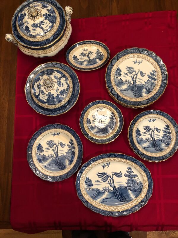 BOOTHS BLUE REAL OLD WILLOW SET TUREEN AND DISHES
