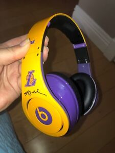 Mint condition limited edition Kobe Bryant Beats