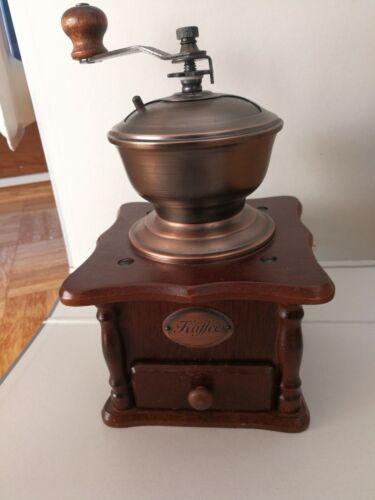 Kaffeemühle/Handmühle funktionsfähig (oder als Deko nutzbar)