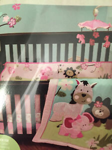 Girls crib set
