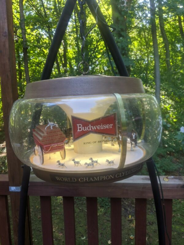 Budweiser Beer Clydesdale Parade Rotating Carousel Light Hanging Motion Sign