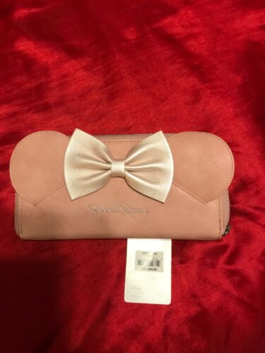 NWT DISNEY LOUNGEFLY MINNIE MOUSE PINK BOW WALLET