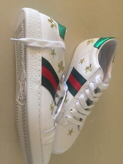 c81016265c1 Gucci inspired size 8 bumblebee sneakers