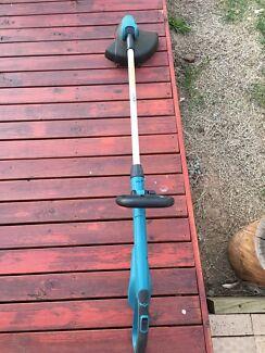 Makita grass trimmer Bonnyrigg Fairfield Area Preview