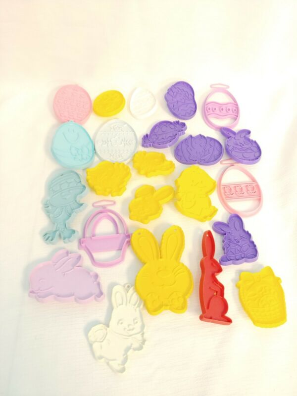 Lot of 23 Plastic Easter Cookie Cutters Eggs Bunnies Chicks