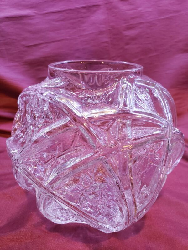 """Phoenix & Consolidated Glass Martele 700 Jonquil 7"""" Clear Glass Vase"""
