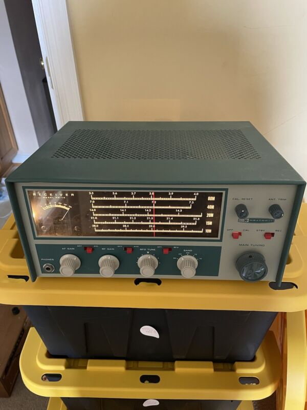 Heathkit Model HR-10 ham receiver- Vintage Ham Radio