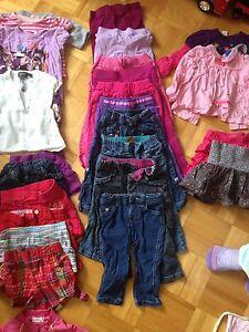 Lot vêtements fille 18-24 mois 2$le morceau
