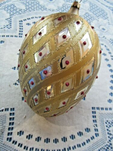 """LARGE BLOWN GLASS GOLD DECORATED EGG ORNAMENT FAUX RED JEWELS 6"""" GLITTER"""