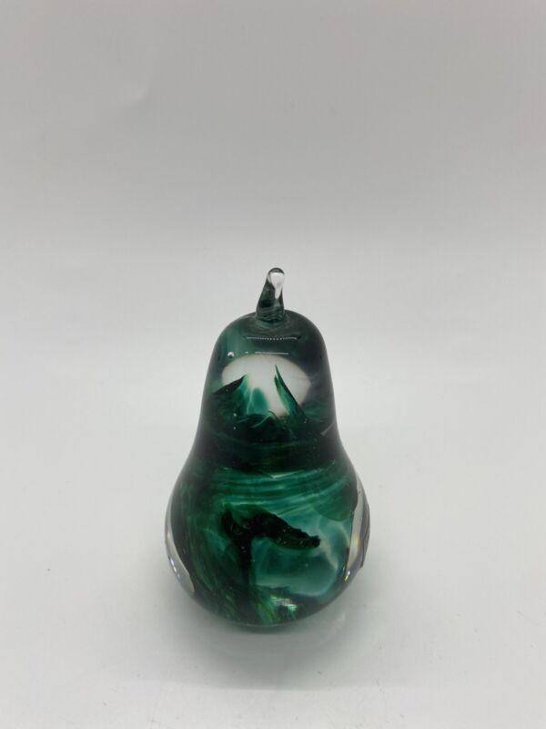 VINTAGE KERRY GLASS GREEN IRISH IRELAND ART GLASS PEAR SHAPED PAPERWEIGHT