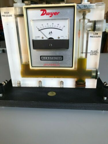 DWYER  1430 Microtector  Portable Electronic Point Gage