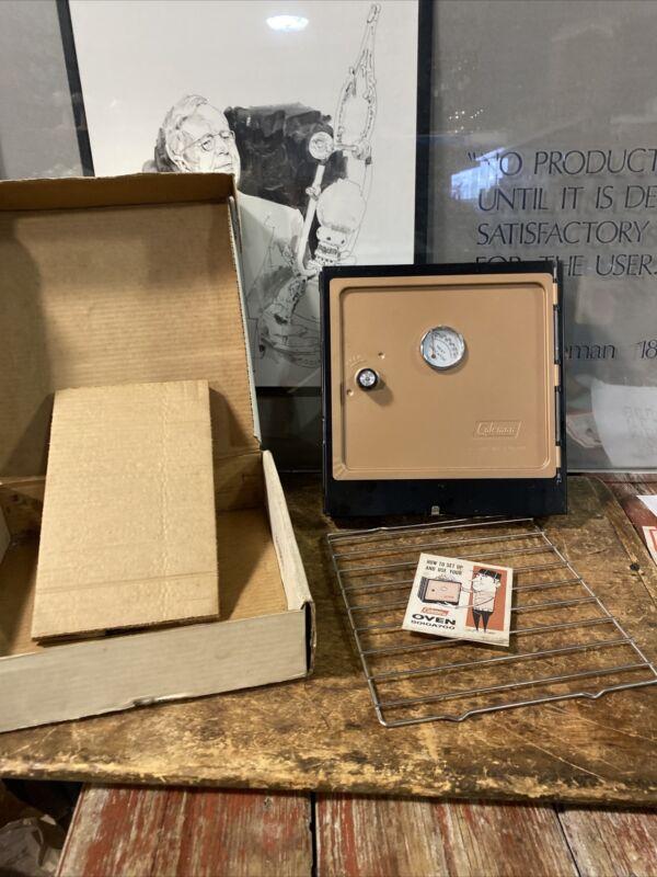 vintage COLEMAN Model 5010A700 Folding Camp Oven NOS