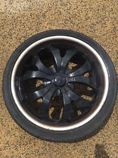 22inch alloy mags great 265/35/22 tyres Ford Mazda Toyota