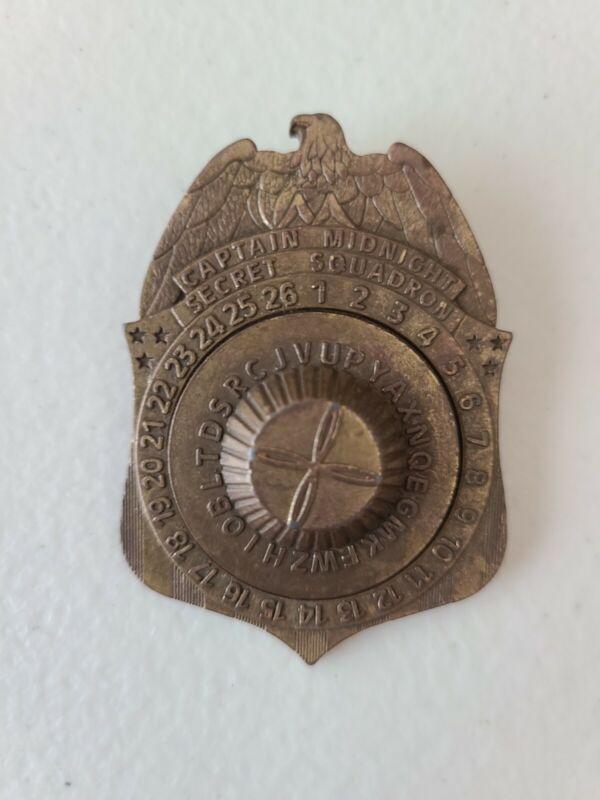 VINTAGE CAPTAIN MIDNIGHT SECRET SQUADRON GOLDEN DECODER BADGE