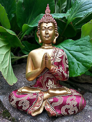 Thai Buddha Gold mit roter Stoff Bekleidung Figur Statue Feng Shui ca. 25 cm