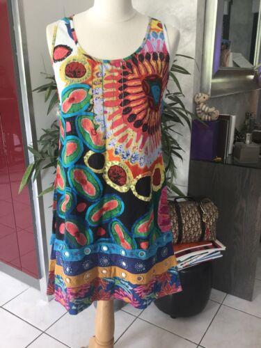 Robe desigual taille 40 bon etat