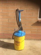 Grease gun West Beach West Torrens Area Preview