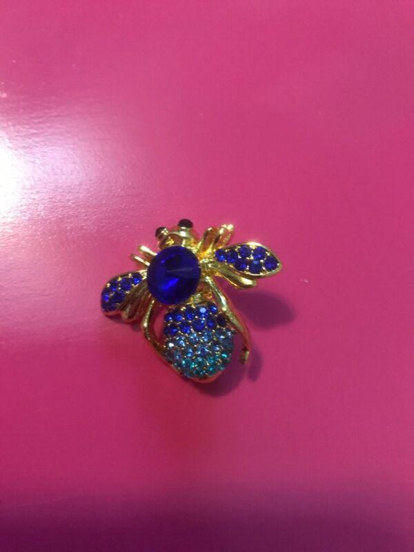 Stunning Brooch Bee brooch Rhinestones