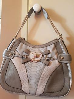 Brand NEW Genuine Guess Handbag