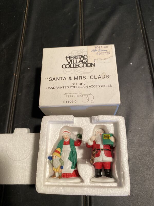 Dept 56 Heritage Village Collection Santa and Mrs Claus North Pole 5609