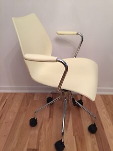 Vintage Kartell arm chairs