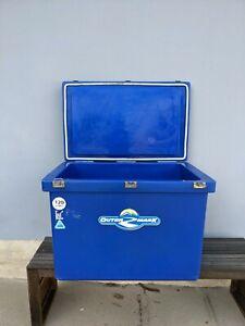 120L Outer Mark ice box / esky