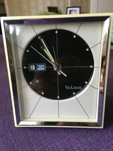 BULOVA WIND UP MANTLE CLOCK--MCM--DAY / DATE/ TIME / ALARM--WORKS PERFECTLY