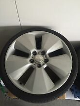 Want to buy 1 non genuine vy signature wheel Elmore Bendigo Surrounds Preview