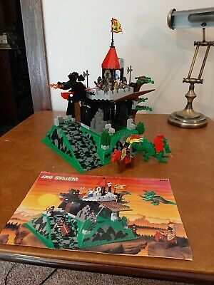 Vintage LEGO Castle Fire Breathing Fortress 6082 - 100% complete with manual